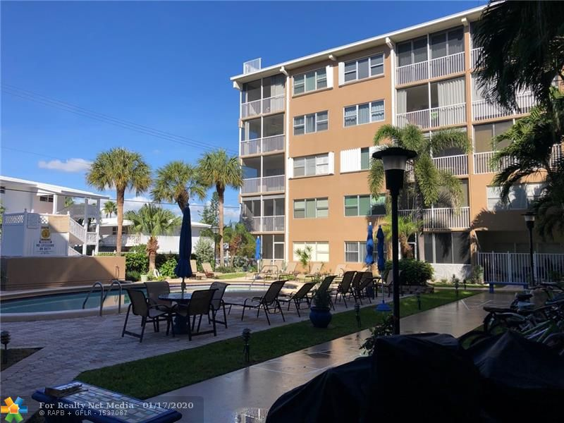 4117  Bougainvilla Dr #210 For Sale F10189736, FL